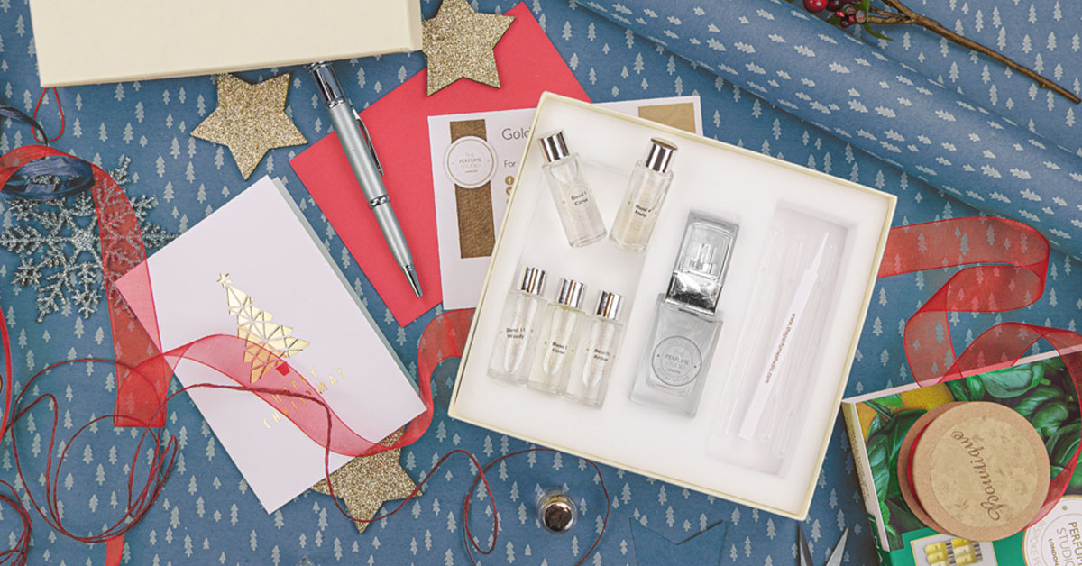 Christmas gift inspiration. Fragrance design gifts.